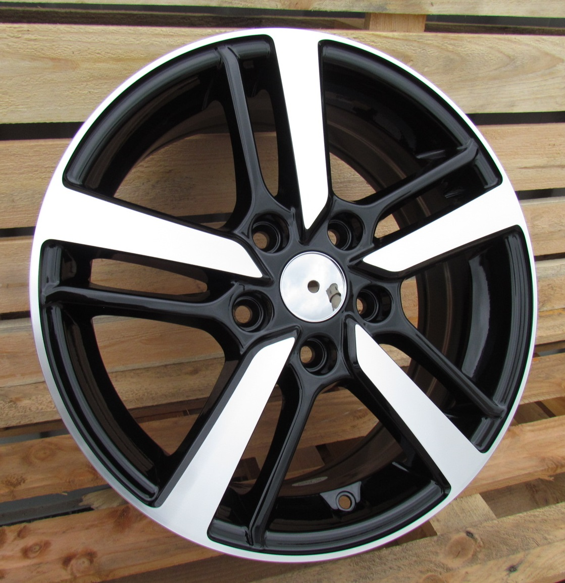 H17X7 5X114.3 ET45 67.1 A5463 MB+Powder coating RWR Hyunday (+3eur) (P) 7x17 ET45 5x114.3