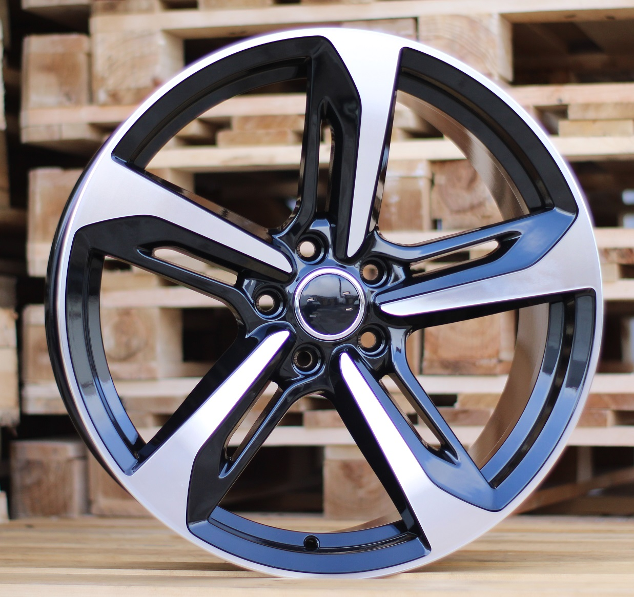 A19X8.5 5x112 ET32 66.45 BY1305 MB+Powder Coating RWR AUD (+3eur) (K5)## 8.5x19 ET32 5x112