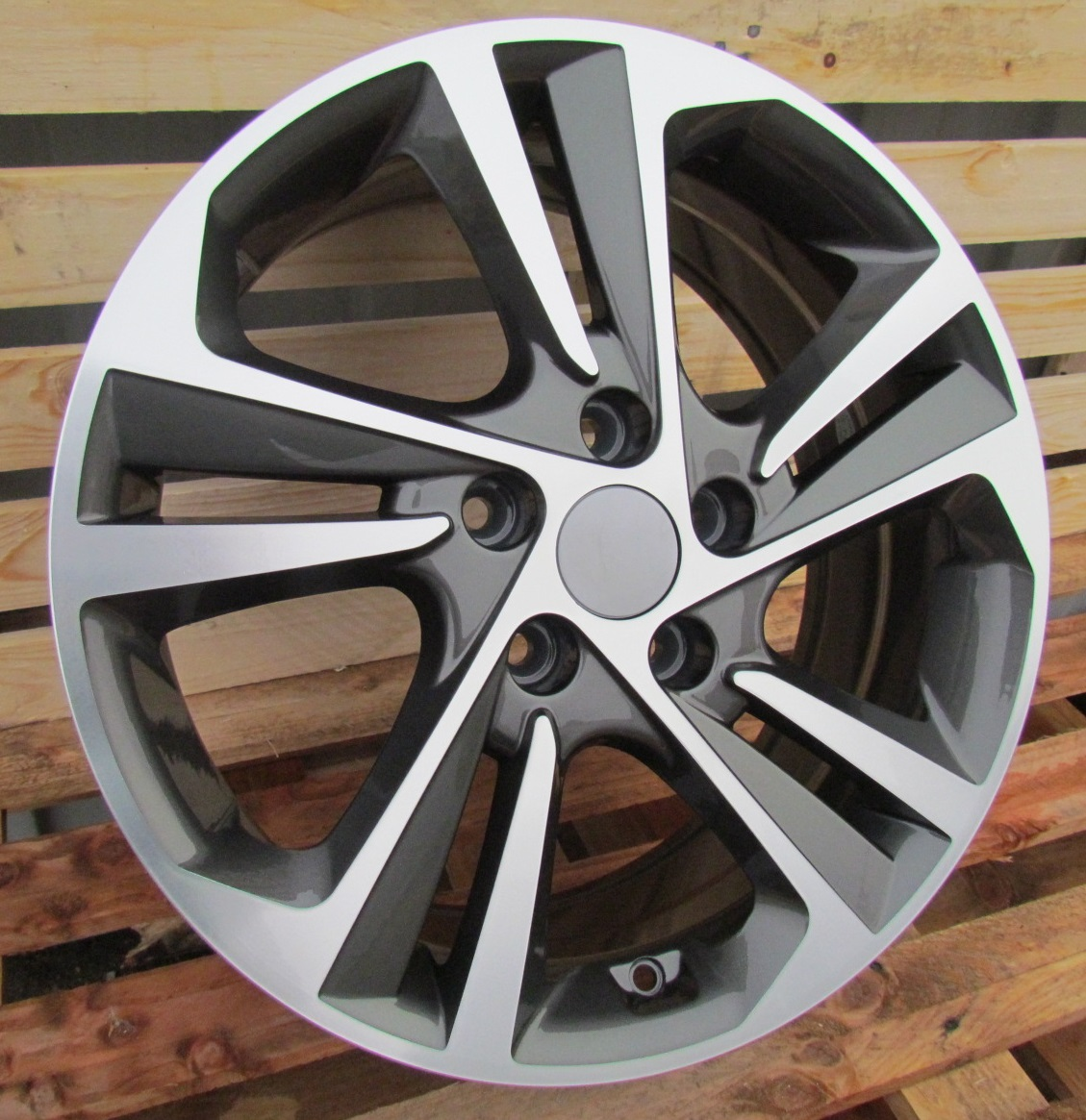 H15X6 5X114.3 ET40 67.1 BK5210 (A5473) MG+POWDER COATING RWR Hyundai (+2eur) ()## 6x15 ET40 5x114.3