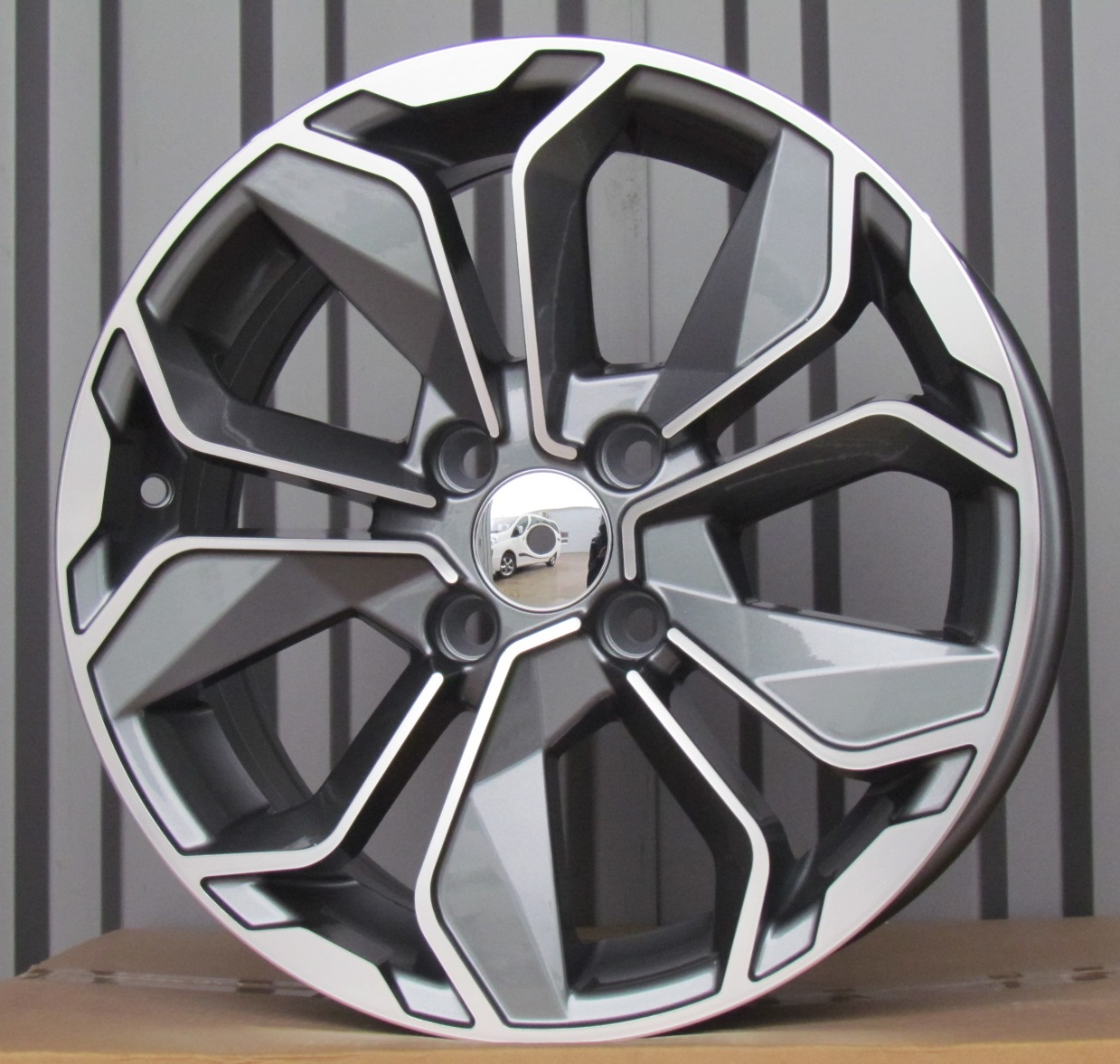R15X6.5 4X100 ET38 60.1 BK5296 MG+POWDER COATING RWR Renault (+2eur) (R) 6.5x15 ET39 4x100