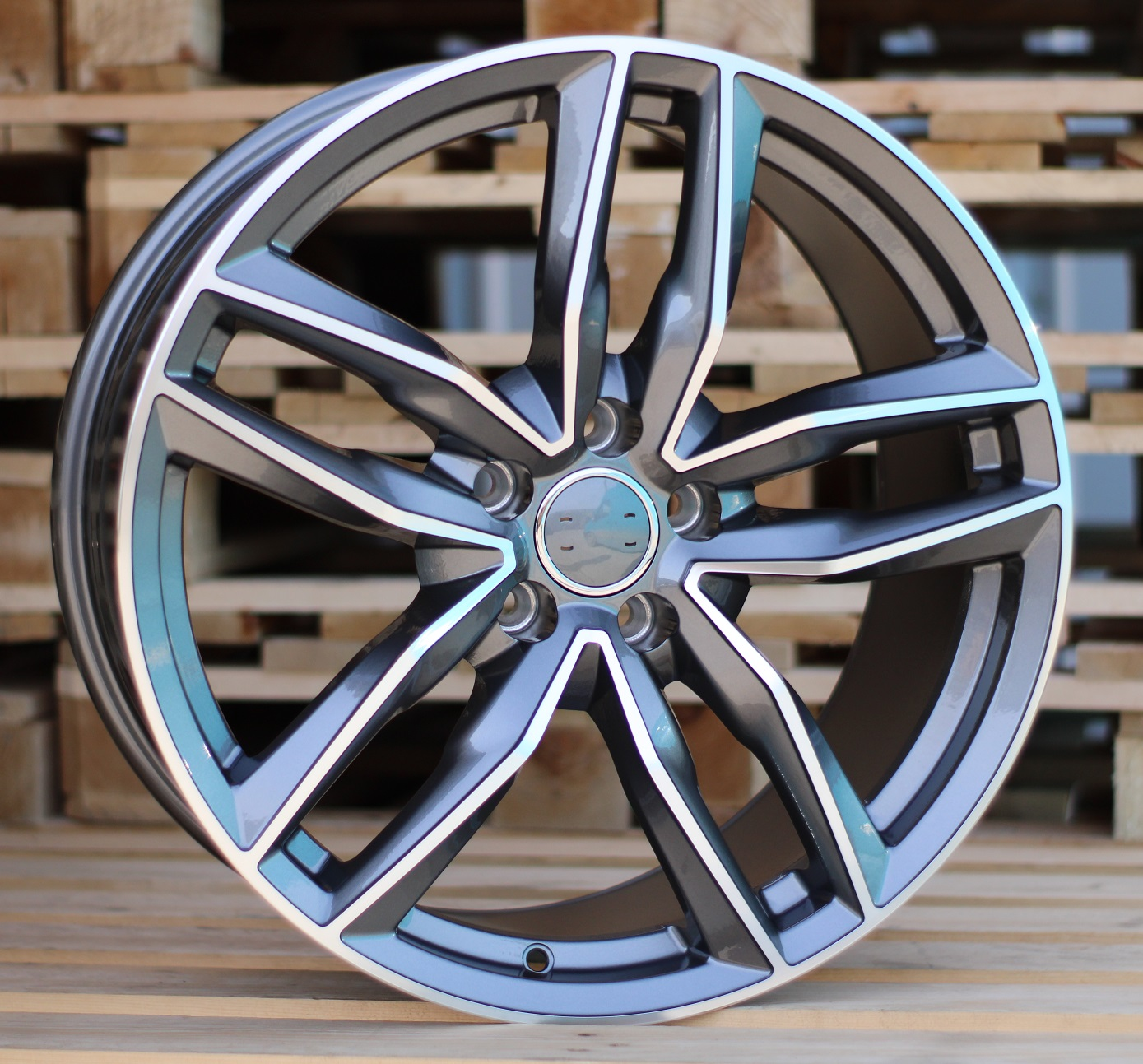 A19X8.5 5x112 ET35 66.45 BK690 (BY1126) MG+Powder Coating RWR AUD (+3eur) (K5+K4)## 8.5x19 ET35 5x112
