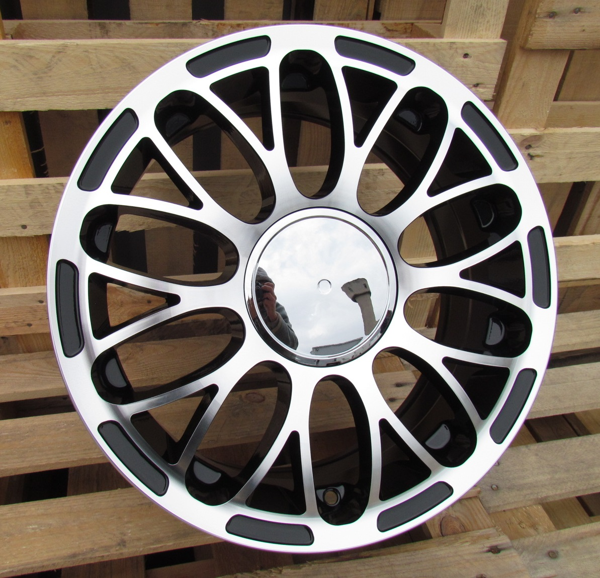 F15X6 4X98 ET35 58.1 LU392 MB+POWDER COATING RWR FIA (+2eur) (R)## 6x15 ET35 4x98